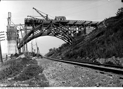 Building the Bloor Viaduct - Toronto - 1916